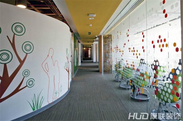 最有情调的办公室走廊设计