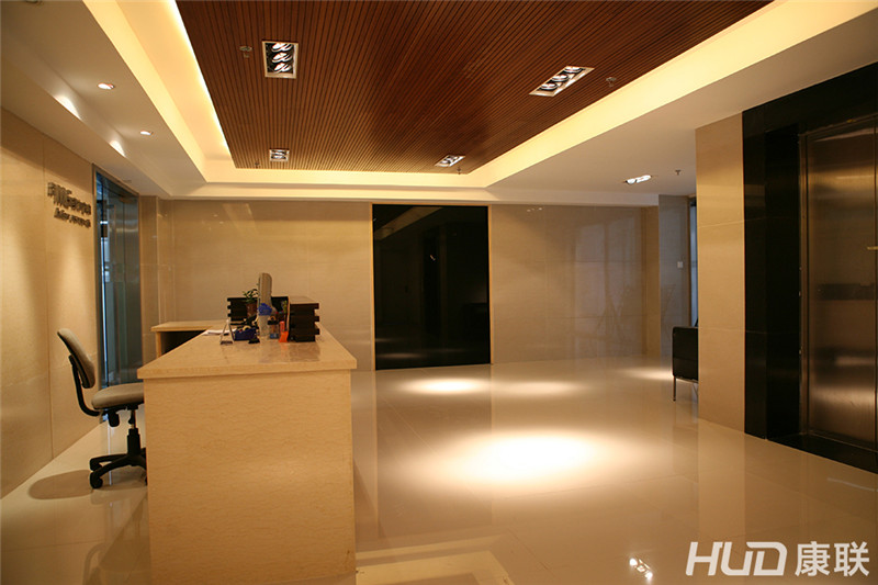 美加音响办公室装修设计前台实景图