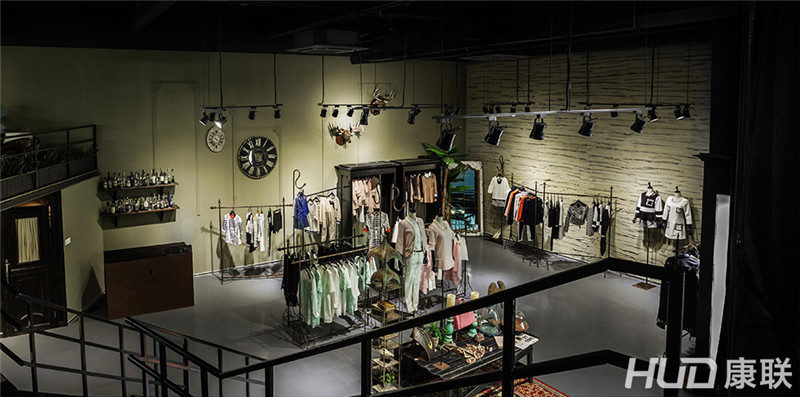 广州baby mary女装店铺设计案例